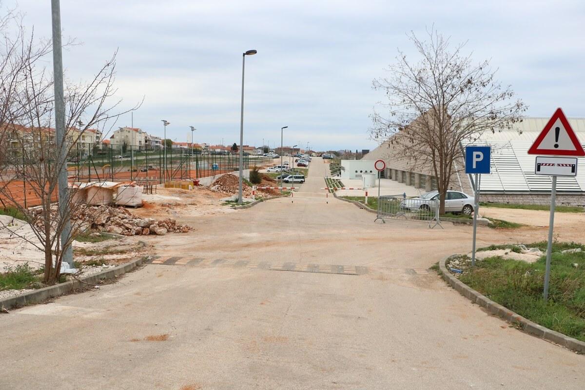 šc-višnjik-sc-visnjik-sportski-centar-zadar-privremeni-ulaz-na-plivalište-višnjik-bazen