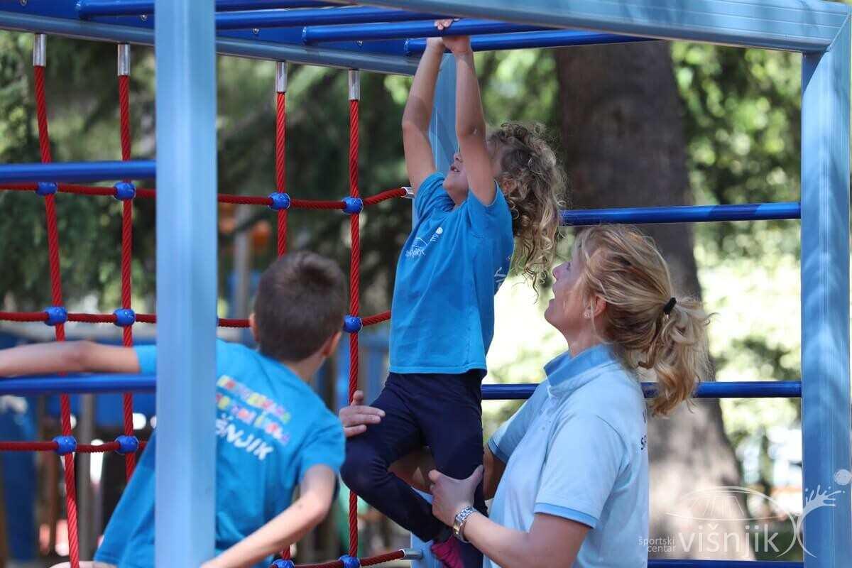 visnjik-sc-visnjik-šc-višnjik-sportski-centar-zadar-dječji-park-dješje-igralište-hzjz-živjeti-zdravo-svjetski-dan-hodanja
